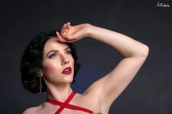 Emanuele Artenio; make-up Diana Genovese